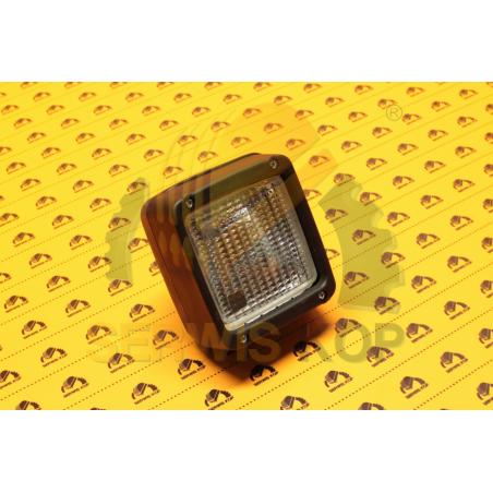 Klosz lampy tylnej JCB 3CX 4CX od 2001r.